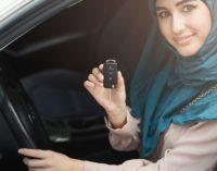 Arabische Frauen dürfen jetzt auch Auto fahren